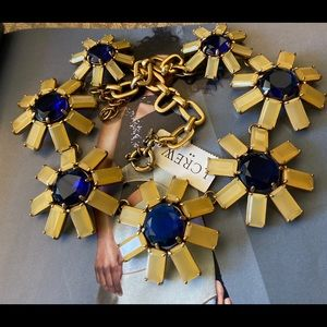 ❤️NWT JCREW Peach&Blue Rhinestone Floral Necklace